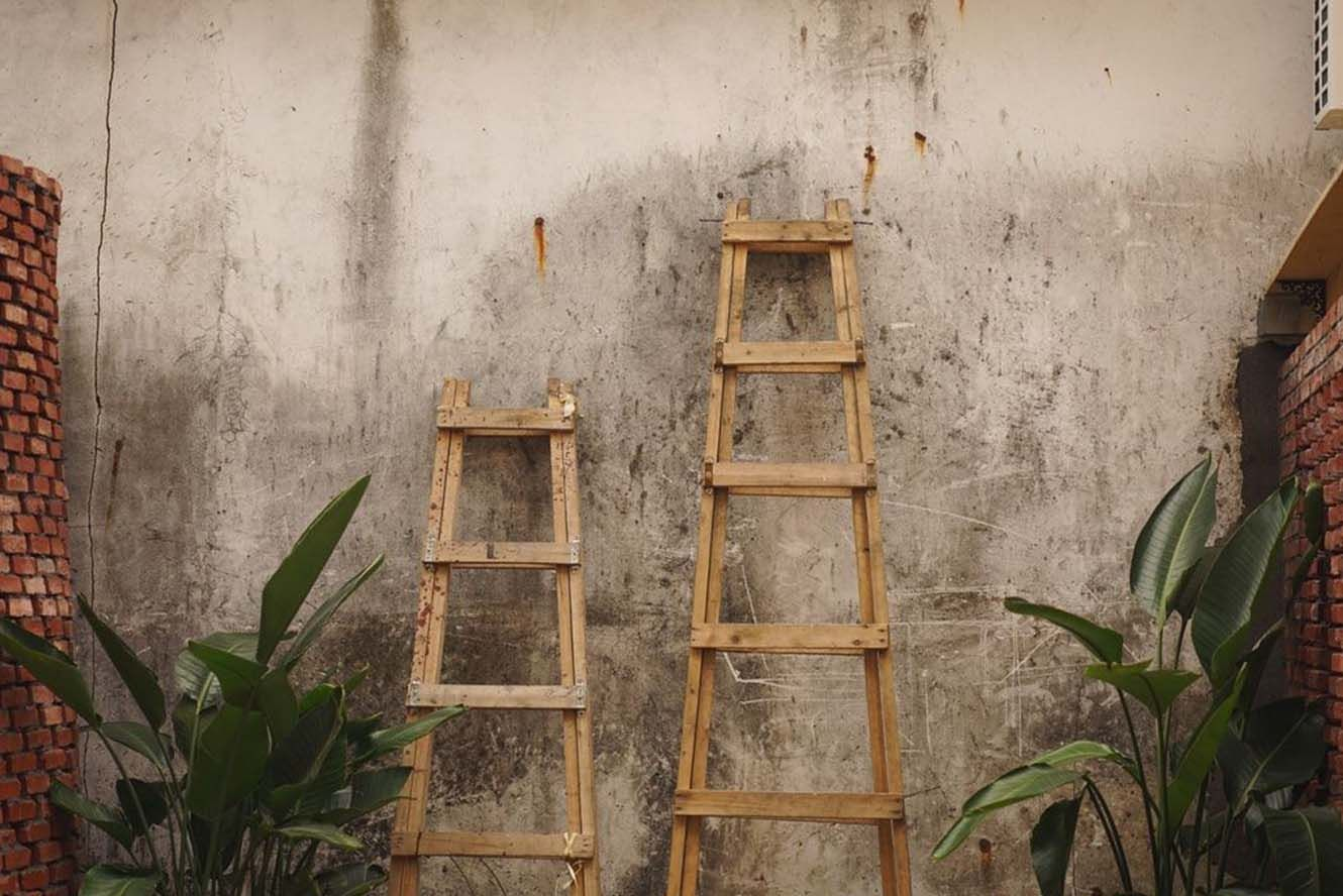 outdoor ladders